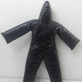 Boneco Material Sintético   1,15 altura e  peso 600g  (Vazio)